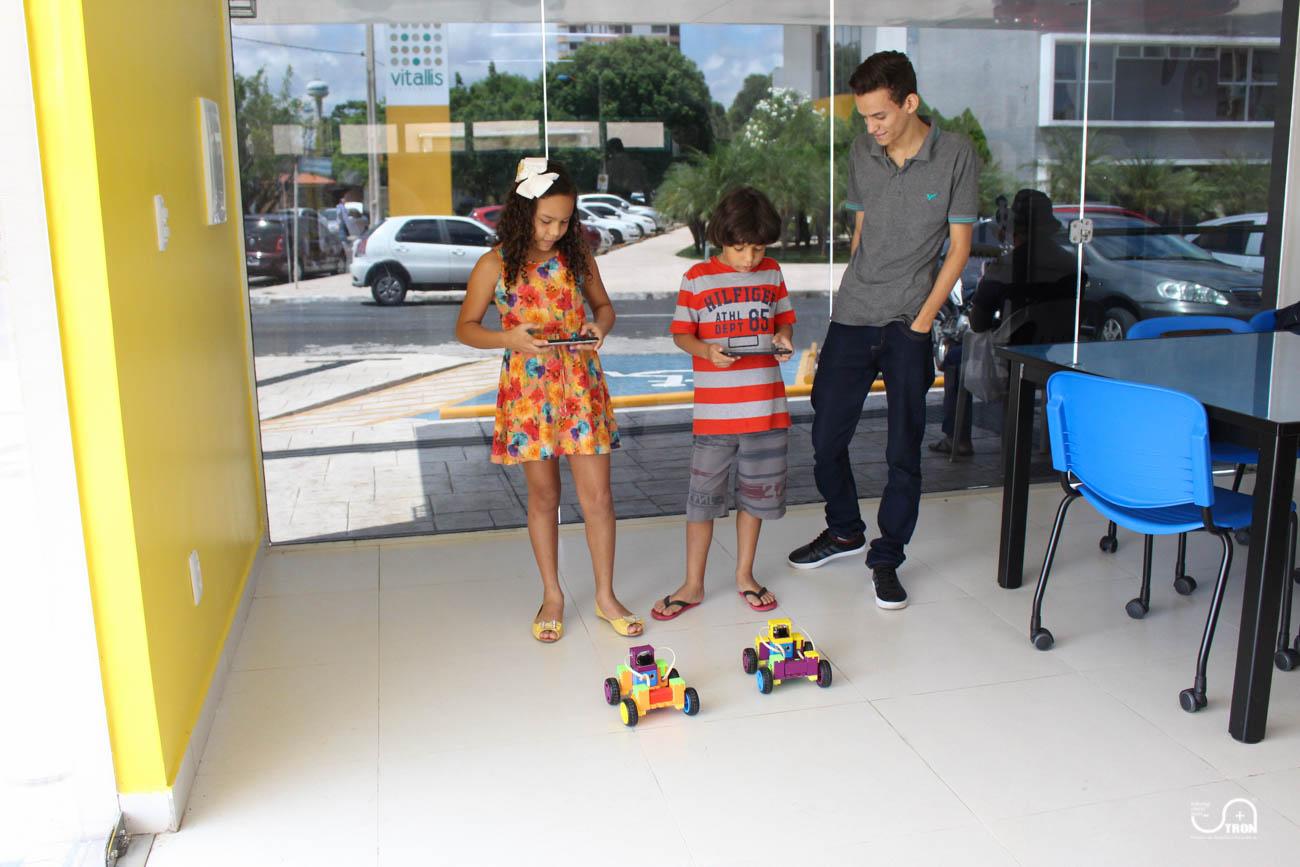 TRON_Ensino_de_Robotica_Educativa_Curso_de_Ferias_Teresina_Piauí-18